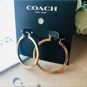🍀 Coach RARE large gold hoops